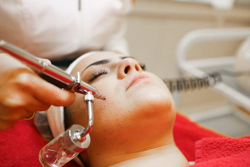 Kosmetik, Behanlung, Aquapeeling, Sauerstoff-Hyaluron Behandlung